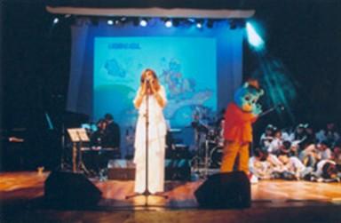 show_lancamento_2002_04